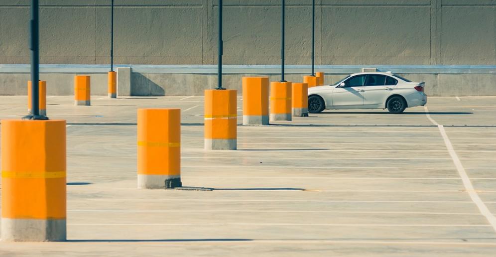 ein parkplatzschild zur bersicht hy auto der technologie blog. Black Bedroom Furniture Sets. Home Design Ideas